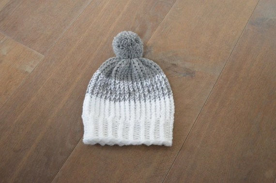 Hat with Pompom for a toddler in grey and white- Knitted grey and white Beanie with Pompom