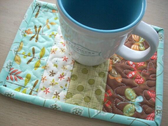 wing and leaf mug rug - FREE SHIPPING