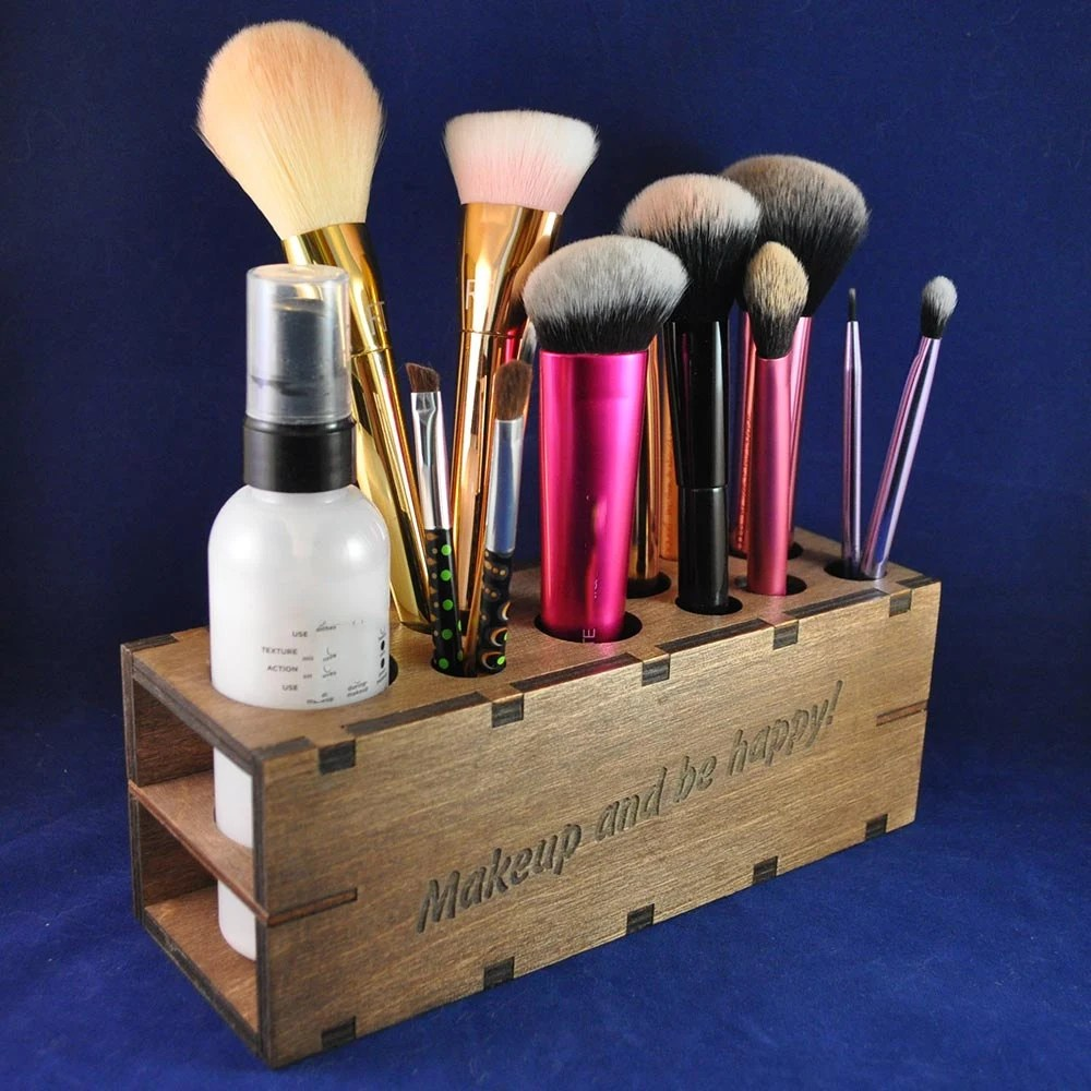 Wooden Makeup Brush or Co...
