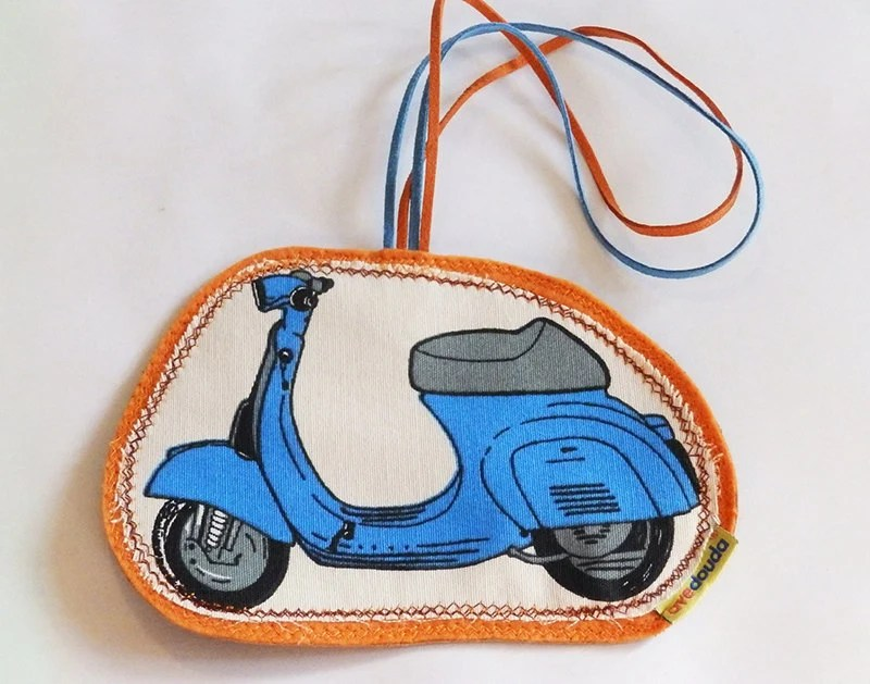 Blue Italian Vespa travel tag, luggage label to make your belongs unique