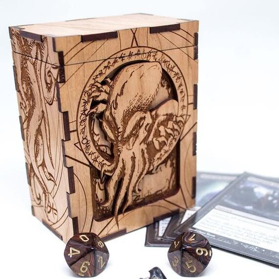 Realistic Cthulhu HP Lovecraft tcg Box