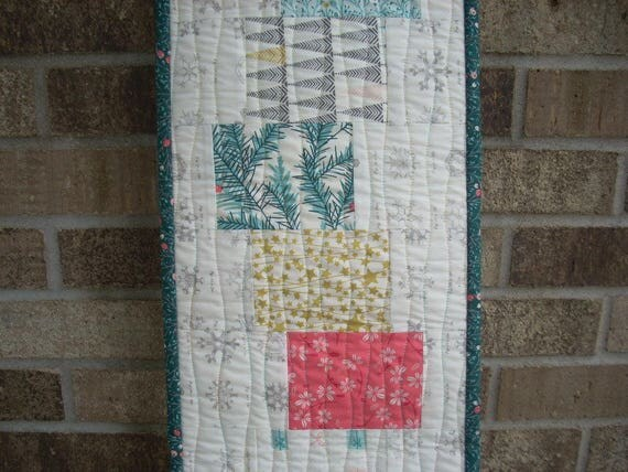 little town again tablerunner - FREE SHIPPING