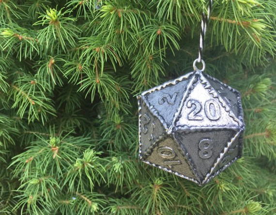D20 Polyhedral Dice Geek Christmas Tree Ornament - Duneons and Dragons Christmas Decor - Pathfinder