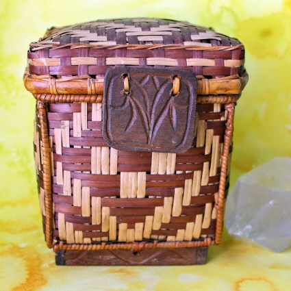 Tribal Bohemian Vintage Woven Wicker Basket with Attached Lid: Carved Wood Base and Front Medallion