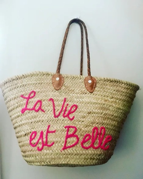 Straw beach tote with