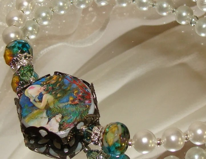 Mermaid and The Pearl image bead bracelet