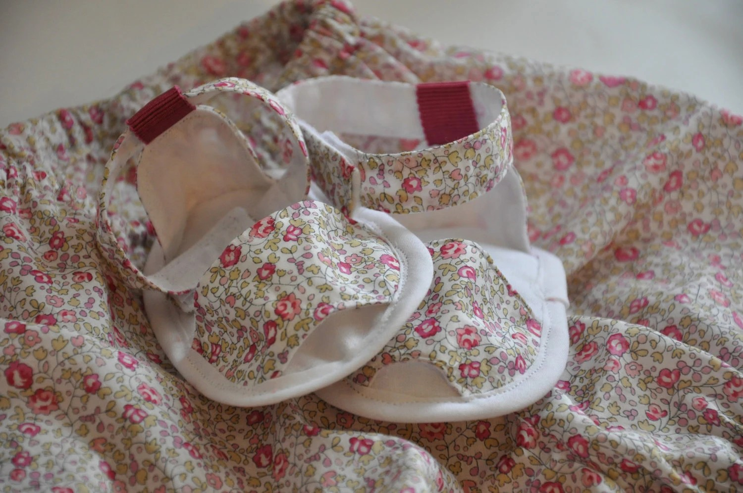 Summer baby sandals in Liberty