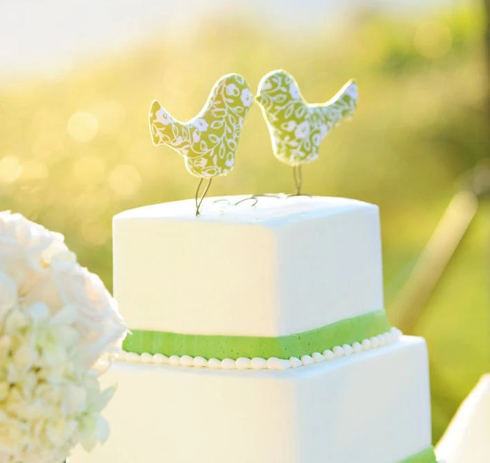 Love Bird Wedding Cake Topper, Summer Green, White Flower, Outdoor Wedding