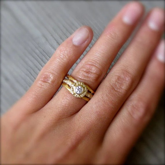 Your Guide to Engagement Rings   Etsy Weddings Blog