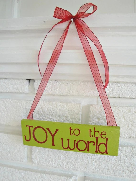Joy to the World- Wooden Wall/Door Hanging //// Christmas Sign ///// Gift