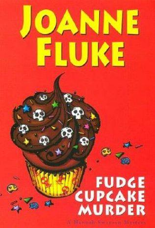 Fudge Cupcake Murder bookcover