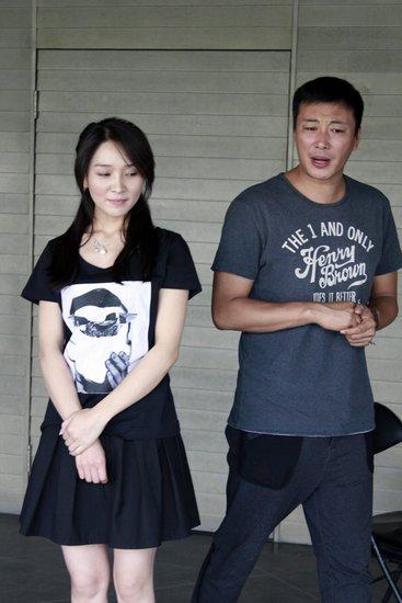 話劇《北京的雪》公演在即 陳蓉排練中慶生_娛樂_騰訊網