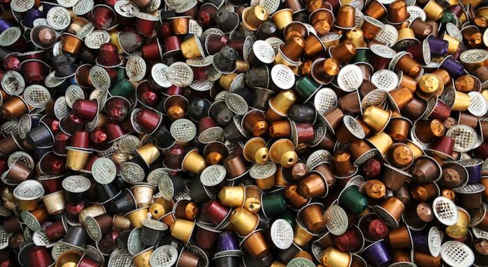 https://i1.wp.com/img1.lesnumeriques.com/news/33/33630/Nespresso_capsules.jpg