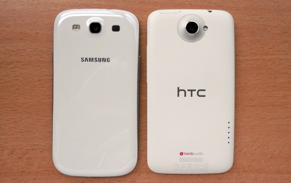 Samsung Galaxy S3 review - next to the HTC One X