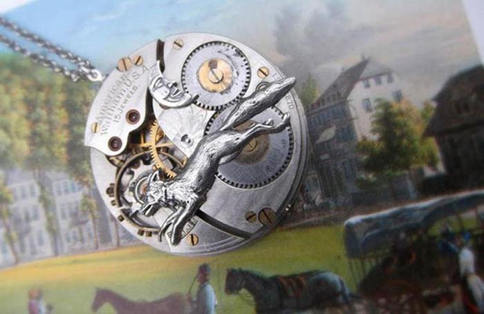 Украшения из старинных карманных часов в стиле винтаж