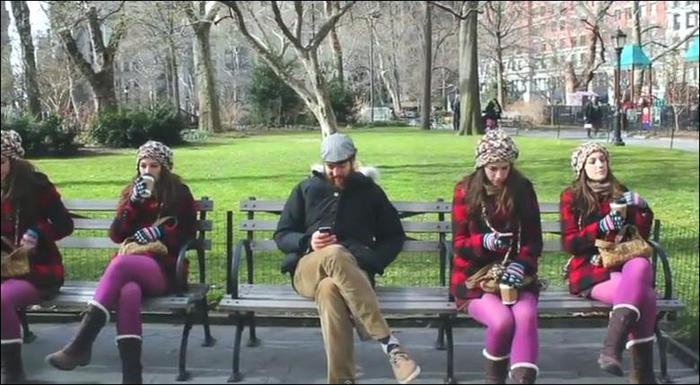 Видео: Близнецы четверняшки в Нью Йорке. Первоапрельский розыгрыш