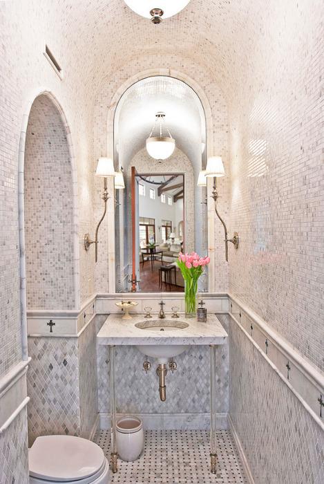 3498589397_1a7a94af95 Tiled Bathroom_L (469x700, 140Kb)