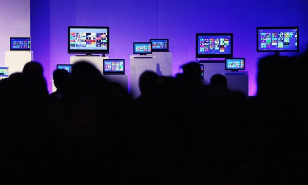 Финальная версия Windows 8. Фотографии презентации Microsoft представил новую операционную систему