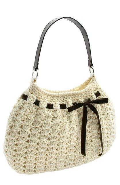 95b560e1b881 Идея симпатичной сумки связанной спицами с детализацией основных элементов.