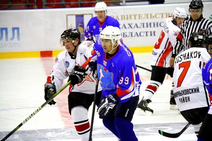 Сивучи укрепились вратарем СКА Александром Козубенко