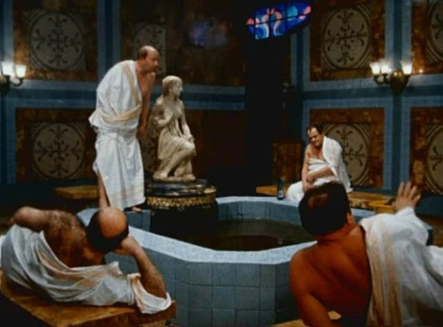Какой реквизит снимался чуть ли не во всех фильмах киностудии «Мосфильм» как талисман
