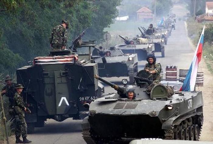 Марш бросок русских десантников в Приштину: первая победа новой России