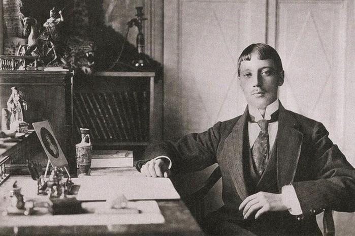 За что в 1921 году казнили русского поэта Николая Гумилева