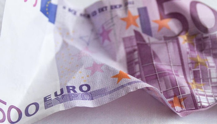 В Женеве сорят деньгами