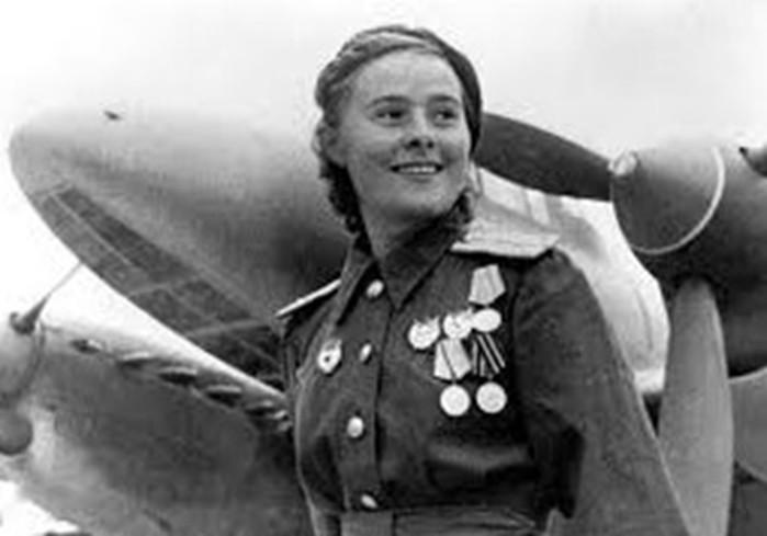 Лидия Литвяк: лучшая летчик истребитель в истории