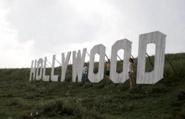 Голливудская надпись в украинском селе