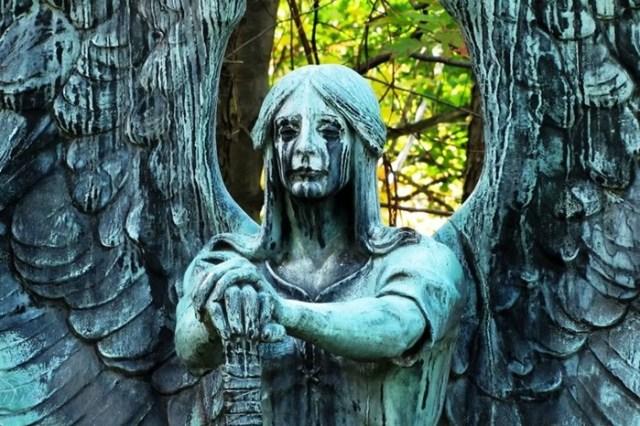 Древние пугающие находки из могил