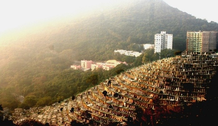 Вертикальные многоярусные кладбища из разных стран