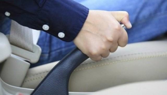 8 распространенных привычек водителей, которые убивают автомобиль