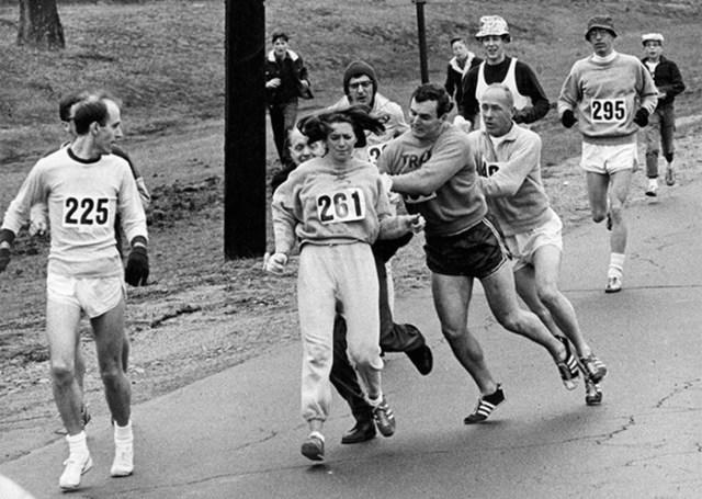 Первые женщины, пробежавшие марафон и изменившие спорт