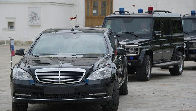 Названа стоимость нового лимузина Путина