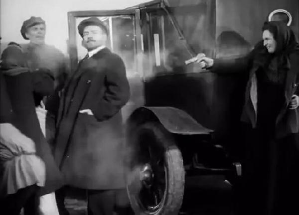 Зачем Фанни Каплан стреляла в Ленина