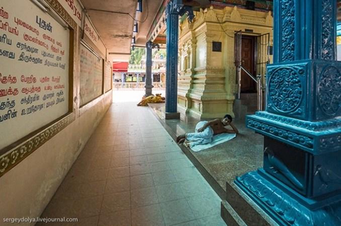 Экскурсия в индуистские и китайские храмы Куала Лумпура