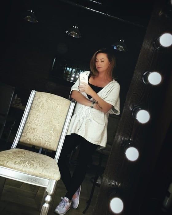 Поклонники Жанны Фриске считают, что её сестра использует её образ