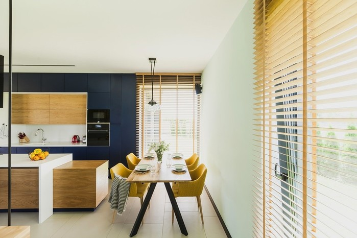 Суперсовременный интерьер квартиры в ландшафтном парке Познани (Польша)