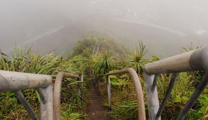 Самые жуткие и опасные лестницы в мире
