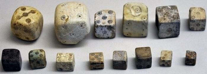 Как изменились игральные кости за последние две тысячи лет