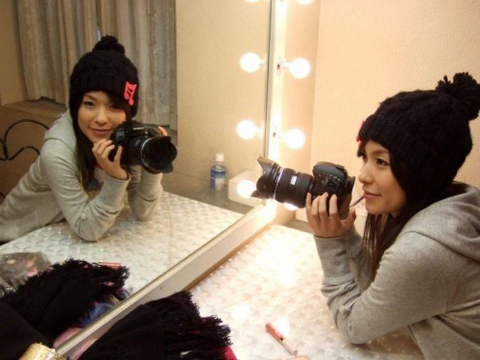 Фотографии симпатичных девушек с фотоаппаратами