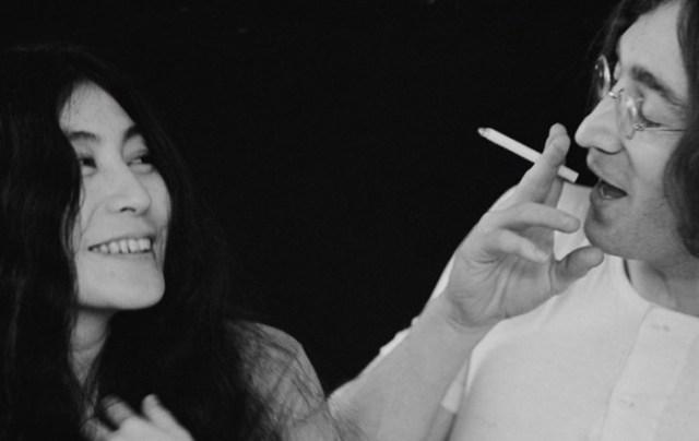 Йоко Оно: женщина, которая превратила Джона Леннона в феминиста и пацифиста