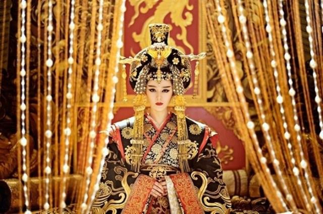 История У Цзэтянь: от наложницы до императора Китая