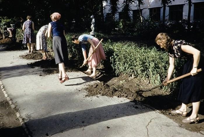 Цветные кадры рабочего класса СССР в 1959 году