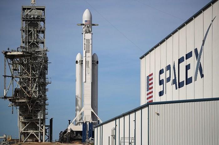 15 невероятных фактов о SpaceX Илона Маска