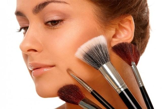 Повседневный молодёжный макияж: интересные особенности