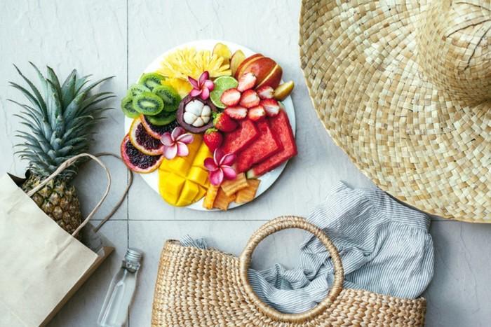 Рацион питание летом: как правильно питаться в жаркий сезон?