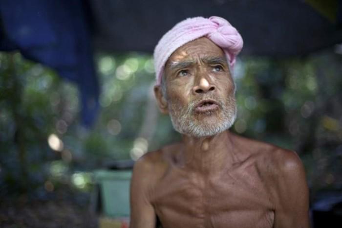 Японский отшельник 30 лет жил голым на острове, но его насильно вернули в цивилизацию