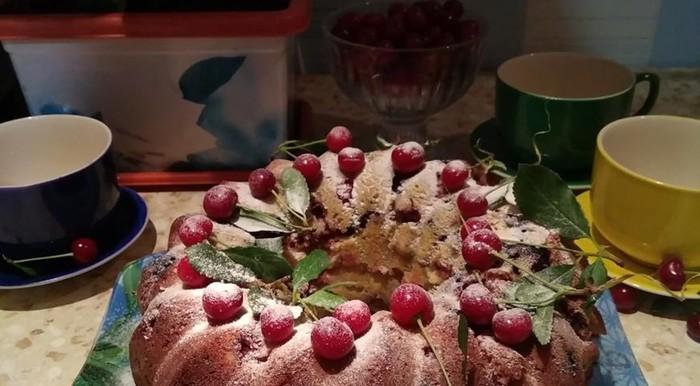 Ягодный микс: невероятно вкусный и ароматный кекс